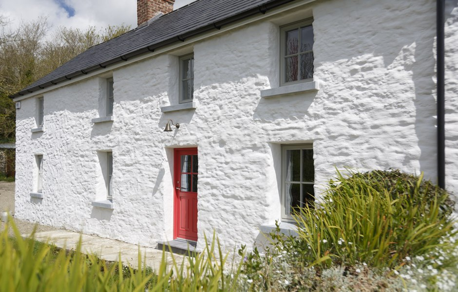 renovation farmhouse lime wash